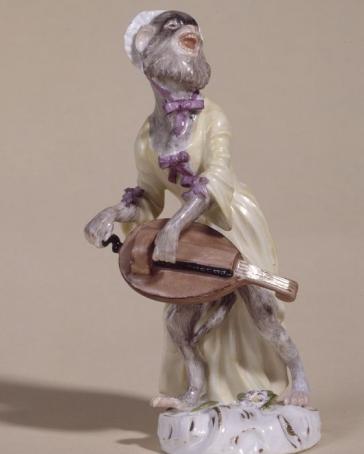 The hurdy gurdy player...